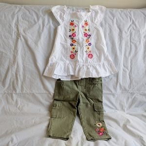 NWOT girl 2 piece set with Embroidered size 5